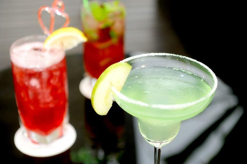 ALL OFFERS CONSIDERED! Modern Bistro/Bar Southside Business For Sale Ref #9148