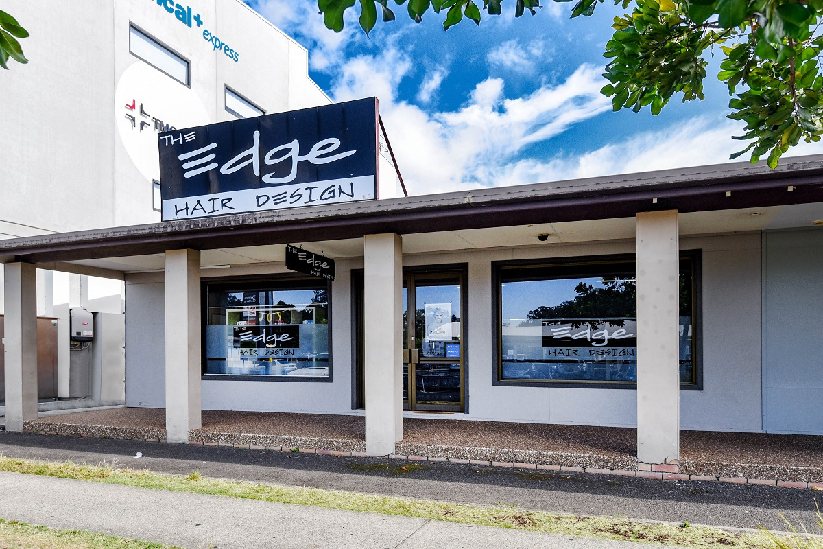 HAIRDRESSER – THE EDGE HAIR DESIGN- AWARD WINNING SALON FOR SALE!