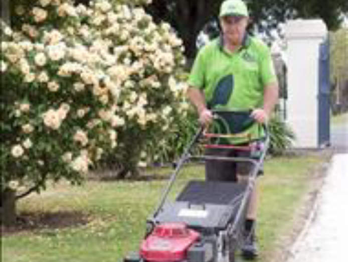 lawn-and-garden-franchise-now-available-in-brisbane-0