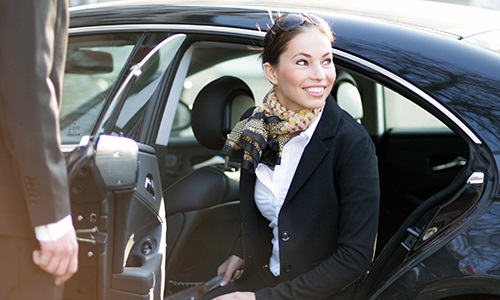 highly-profitable-home-based-limousine-transfer-service-1