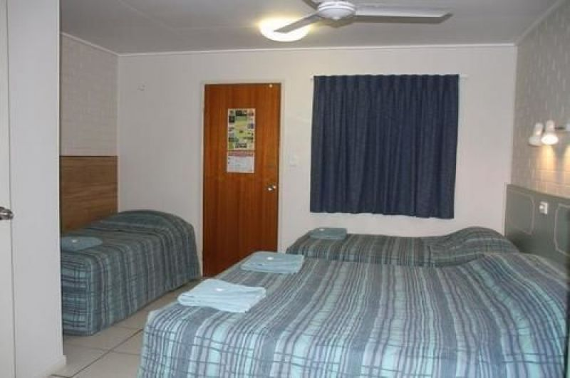 excellent-return-on-freehold-motel-in-the-central-highlands-lease-can-be-split-7