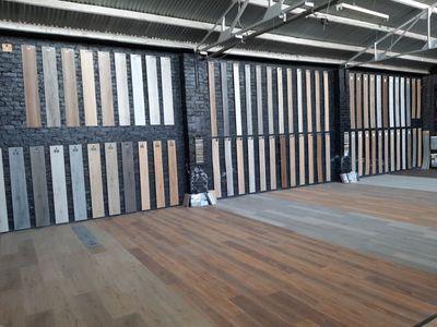 well-established-flooring-business-massive-showroom-and-warehouse-5