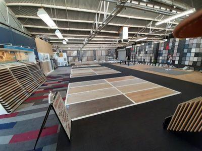 well-established-flooring-business-massive-showroom-and-warehouse-0