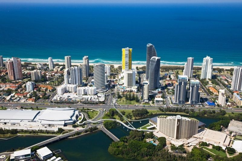 BUSINESS FOR SALE - Chinese Restaurant in the heart of Broadbeach