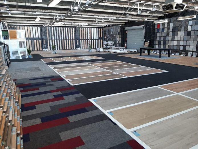 well-established-flooring-business-massive-showroom-and-warehouse-1