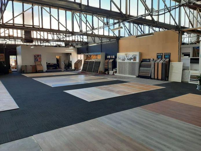 well-established-flooring-business-massive-showroom-and-warehouse-7