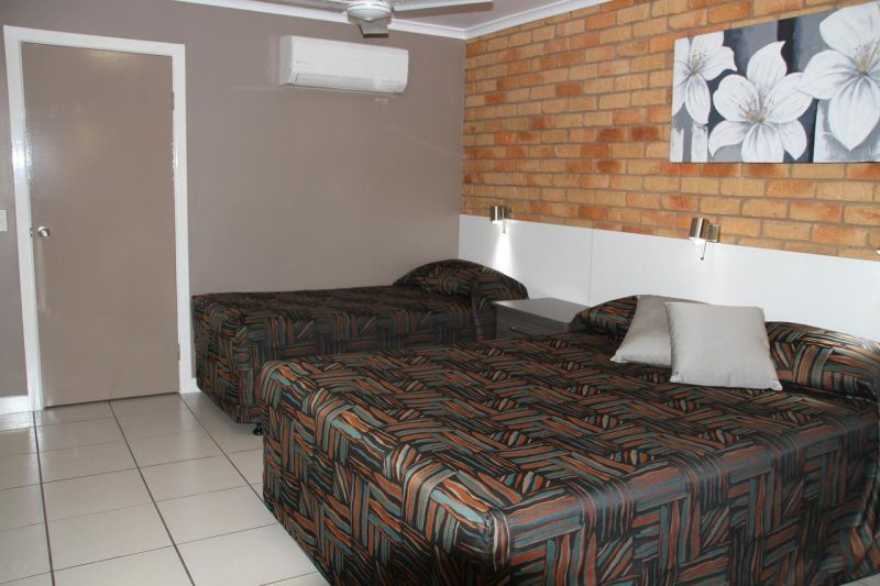 excellent-return-on-freehold-motel-in-the-central-highlands-lease-can-be-split-1