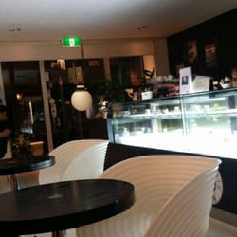 cafe-and-dessert-shop-for-sale-2