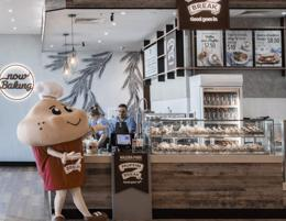 A new Muffin Break café is for sale in Cleveland Central, Brisbane