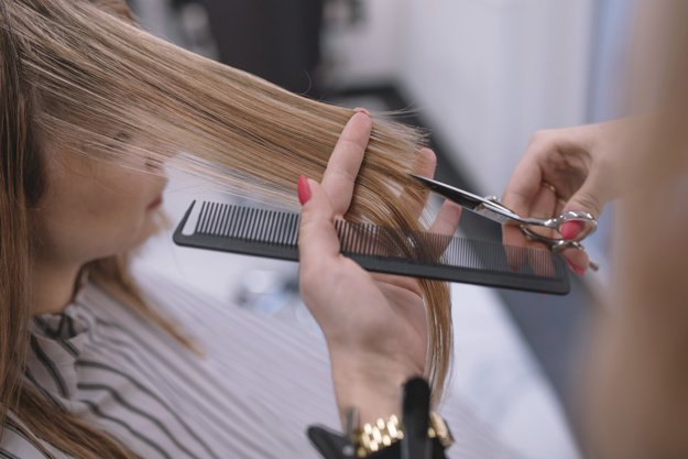 Fully managed franchise hair salon in Top Ryde Shopping Centre