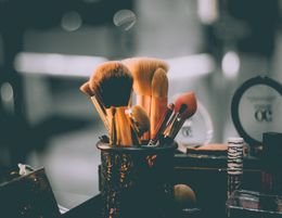 Kew Beauty Salon For Sale
