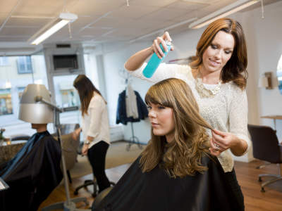 kew-hair-salon-for-sale-great-location-high-foot-traffic-area-great-opportuni-0