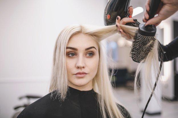 Robina Hair salon for sale