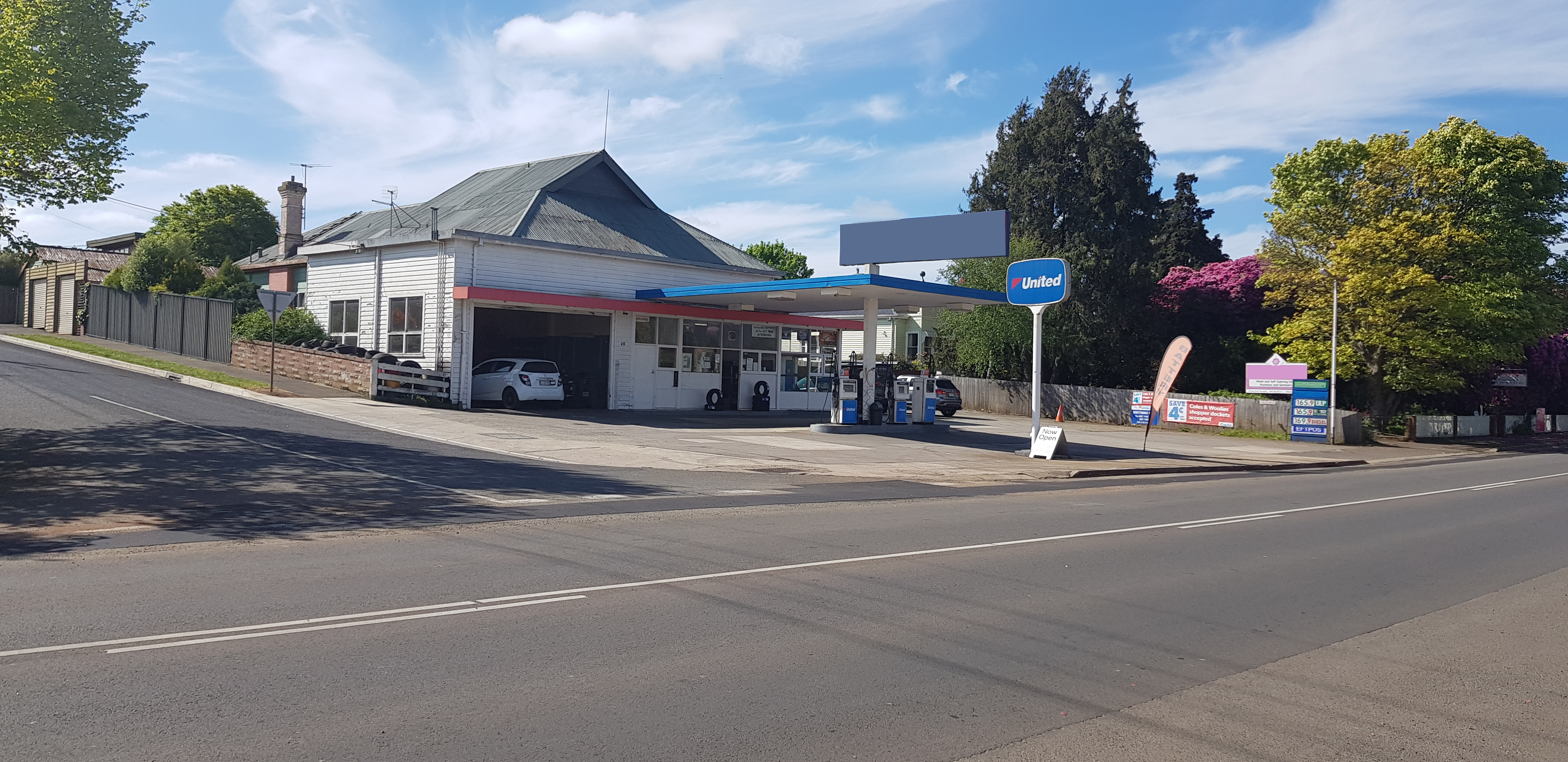 Freehold Service Station and Workshop Business plus Dwelling in Tasmania