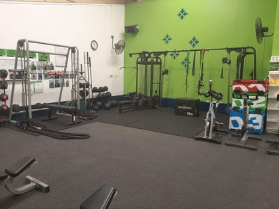 group-personal-training-gym-in-the-heart-of-bustling-port-adelaide-2