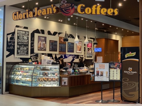quality-coffee-food-for-customers-on-the-run-gloria-jeans-coffees-resale-1