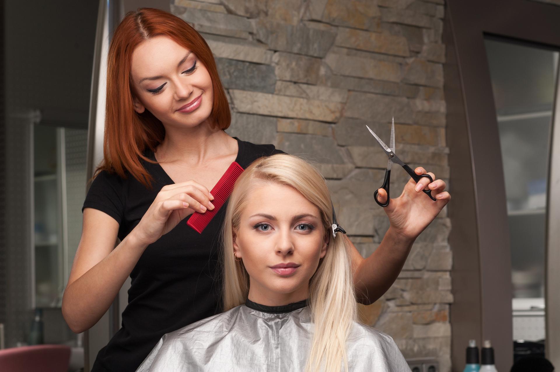 18157 Successful Hair Salon With Great Returns in Warana QLD