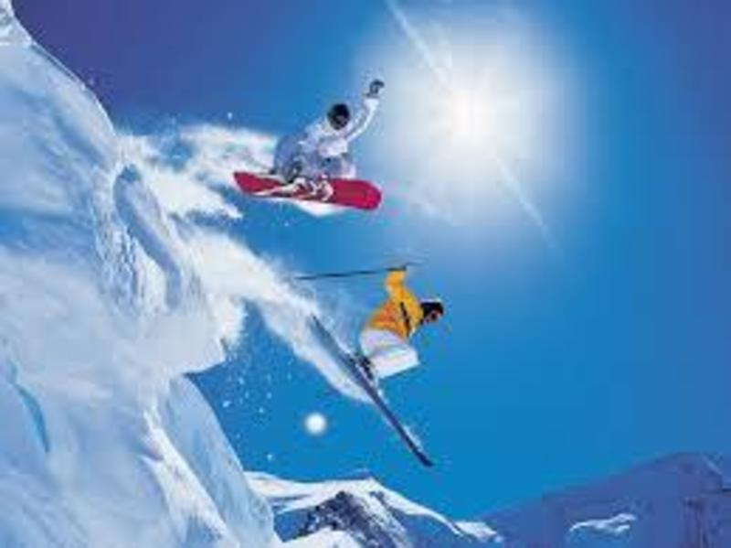 RETAIL AND ONLINE SNOW SKI WAREHOUSE, FIRST TIME OFFERED IN 30 YEARS. IDEAL INVE