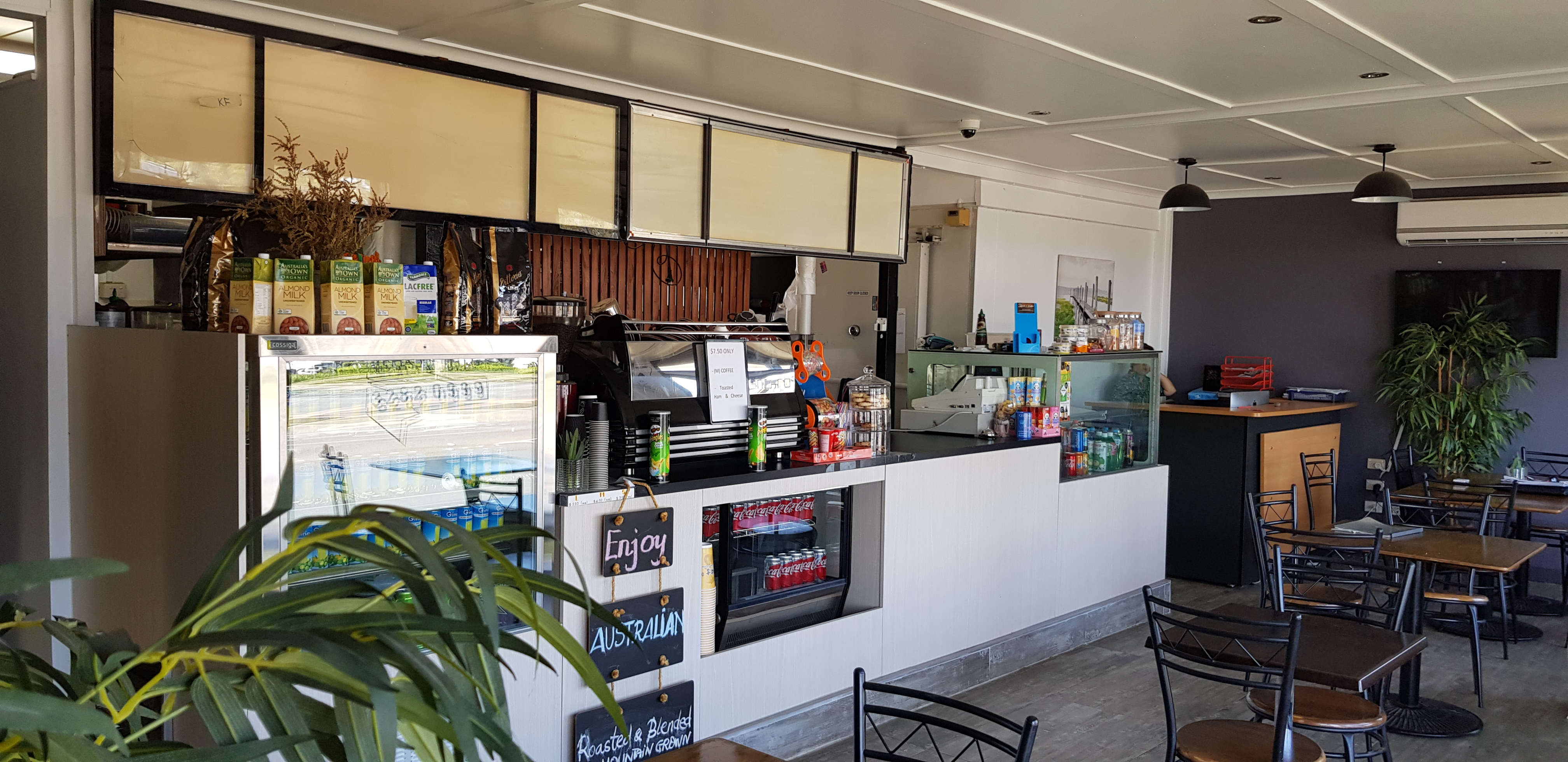 CAFE RESTAURANT TAKEAWAY - BUSINESS FOR SALE - $30,000 NEGOTIABLE WIWO BASIS