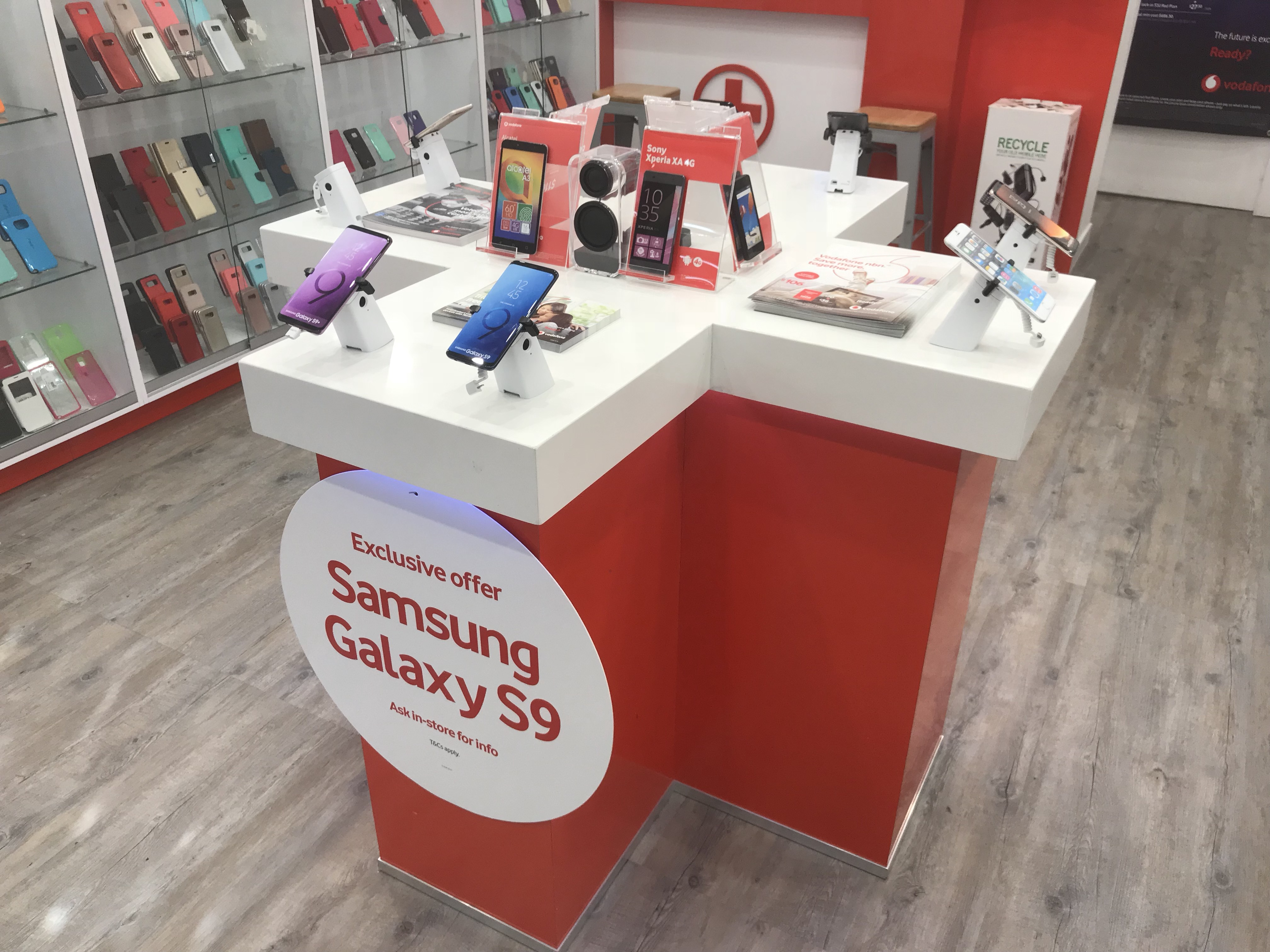 vodafone-store-licensee-smart-phones-group-6