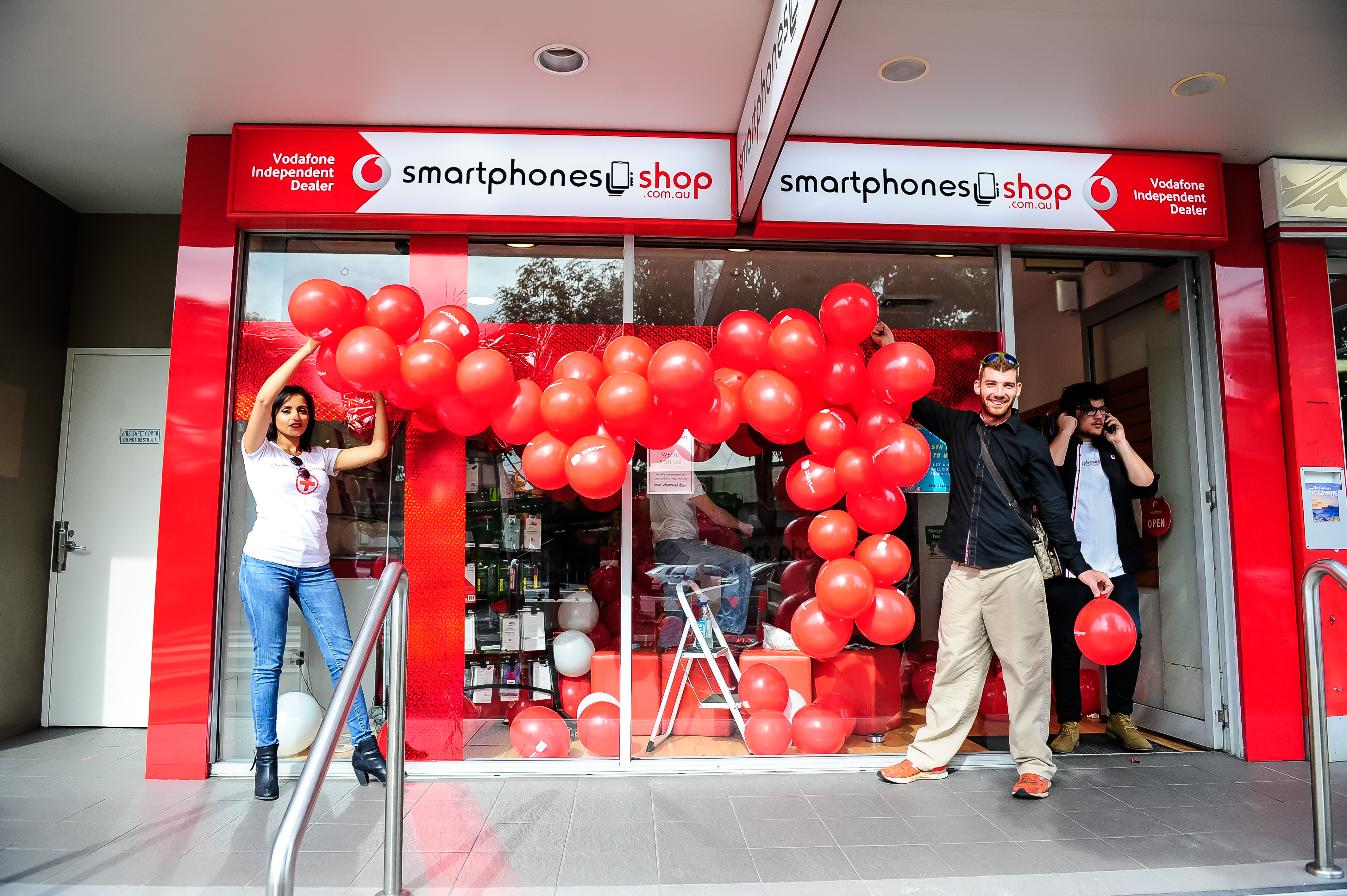 vodafone-store-licensee-smart-phones-group-1