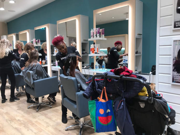 business-opportunity-in-corio-village-no-hairdressing-experience-necessary-4