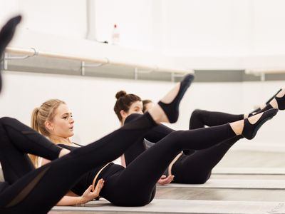 barre-pilates-fitness-group-reformer-franchise-castle-hill-nsw-2