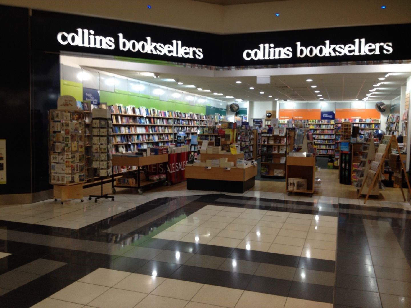 collins-booksellers-armidale-nsw-1