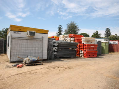 business-for-sale-mixed-use-general-hire-sales-landscaping-truck-and-dog-2