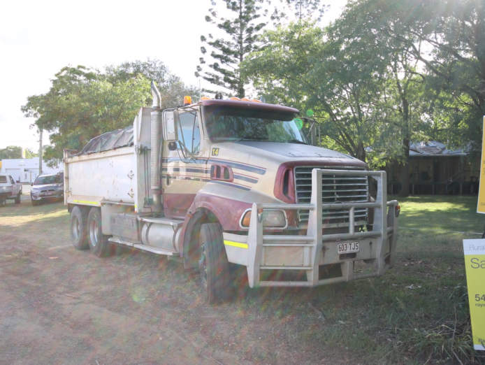 business-for-sale-mixed-use-general-hire-sales-landscaping-truck-and-dog-9