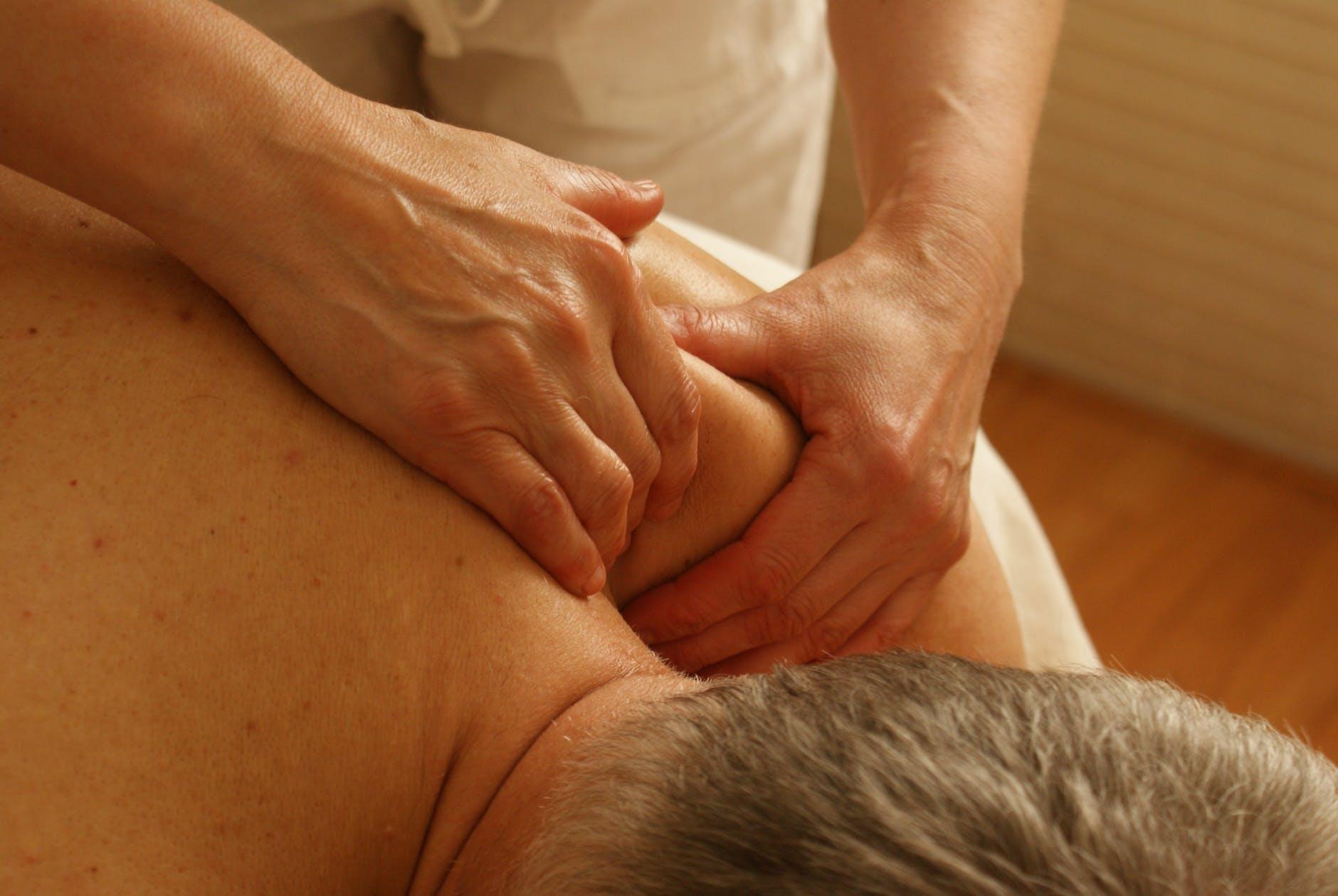 Massage parlour Prahran Area 5 years established $52 k WIWO| 6 rooms
