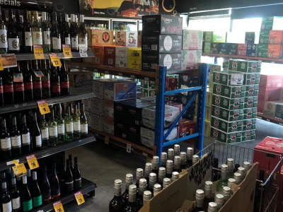 sold-liquor-store-bottle-shop-in-north-1