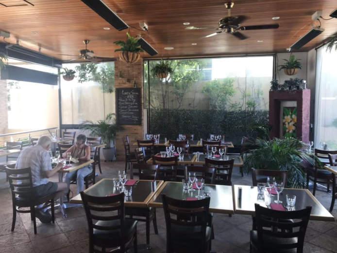 stunning-restaurant-cafe-0