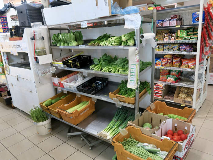 extremely-high-profit-seafood-shop-in-beechboro-for-sale-5