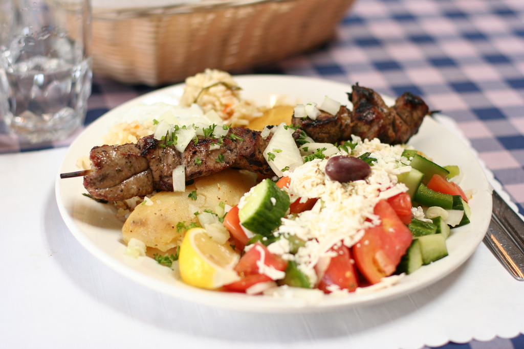 Shop for sale – Greek Restaurant & takeaway outlet in Northern Suburbs $300,000