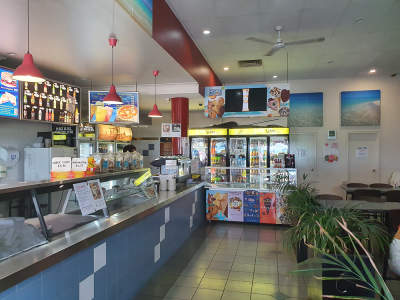 restaurant-great-location-highly-profitable-1