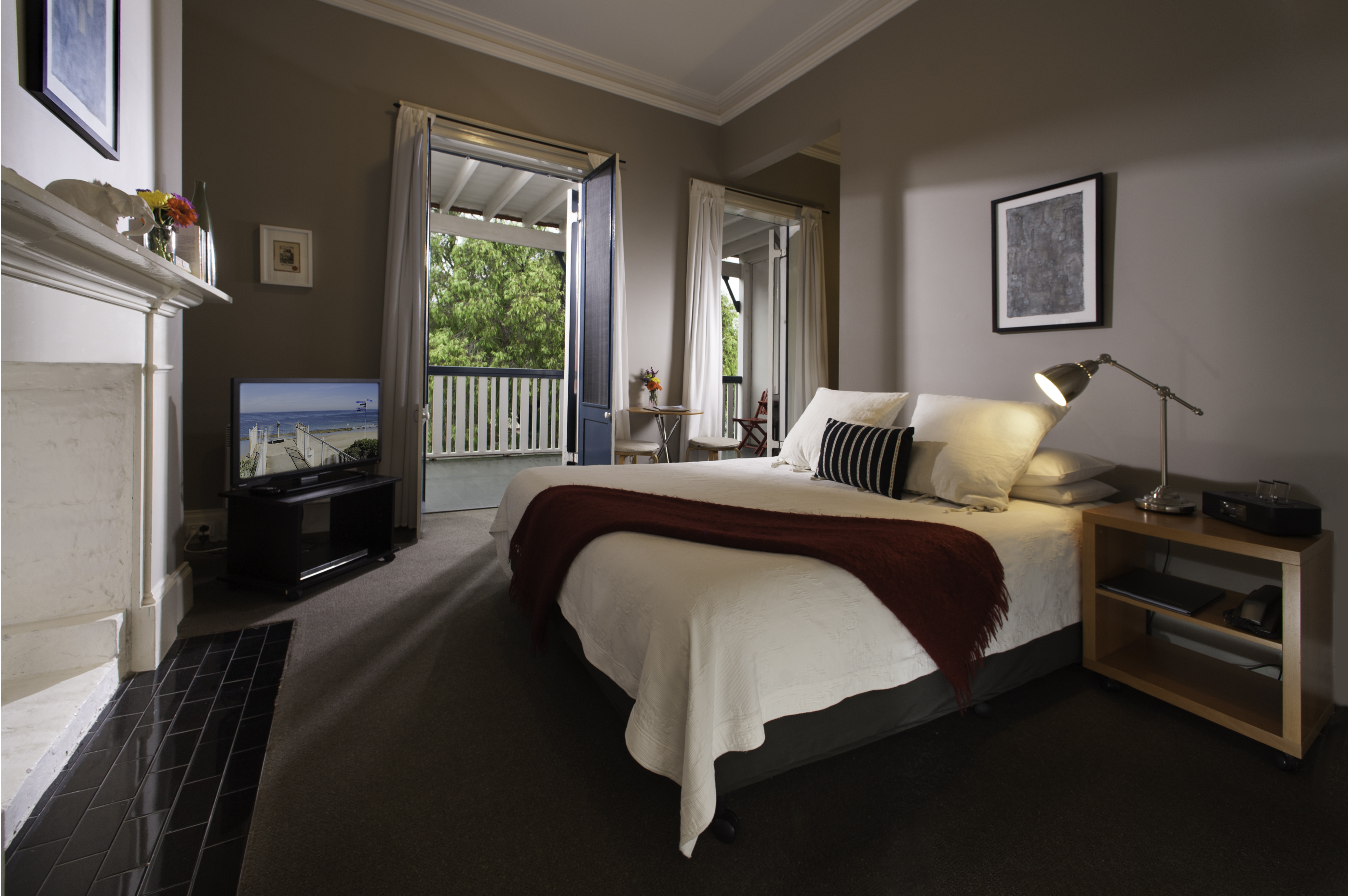 Successful Boutique Guesthouse & Restaurant on The Bellarine
