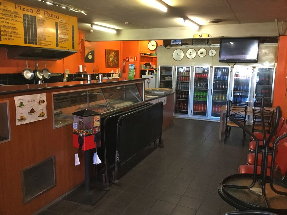 Pizza Shop For Sale in Watsonia With Residence!
