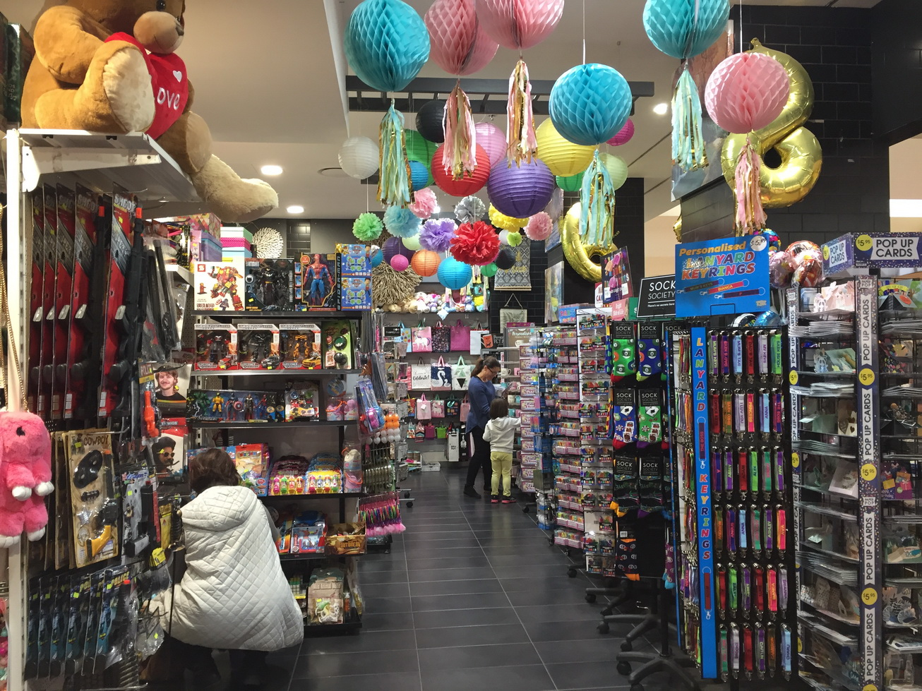busy-gift-shop-for-sale-1