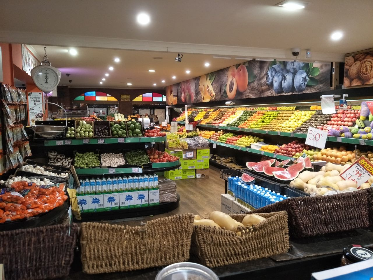 Very busy Fruit and Veg Shop for sale, Great Doncaster east location