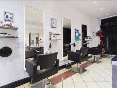 hair-salon-for-sale-close-to-university-5