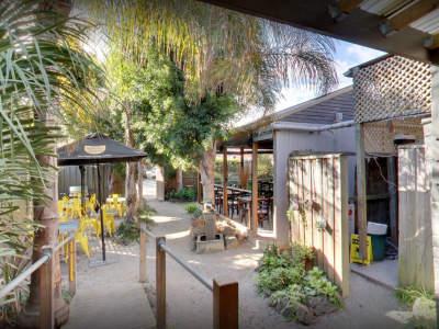 under-offer-licensed-cafe-for-sale-burwood-0