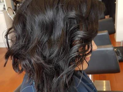 under-offer-award-winning-hair-salon-business-for-sale-3