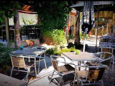 under-offer-licensed-cafe-for-sale-burwood-5