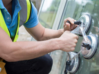 glass-glazing-supply-installation-replacement-or-repair-business-0