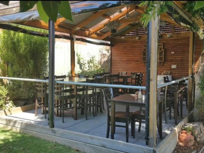 under-offer-licensed-cafe-for-sale-burwood-6
