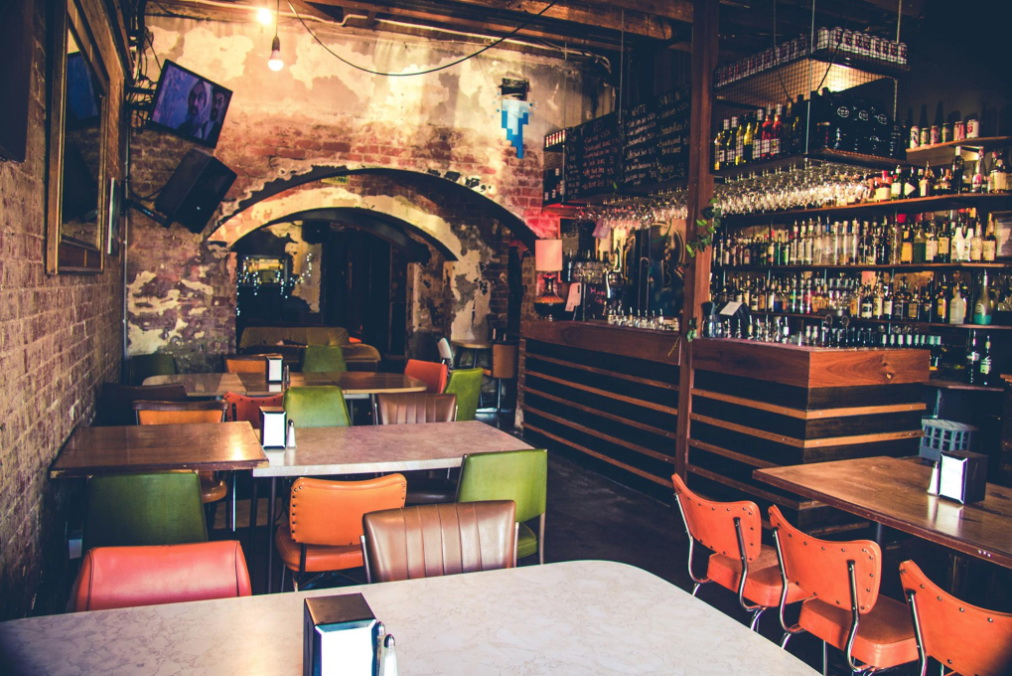 Bar/Small Pub Restaurant Business For Sale, Main St, Function Room, Beer Garden