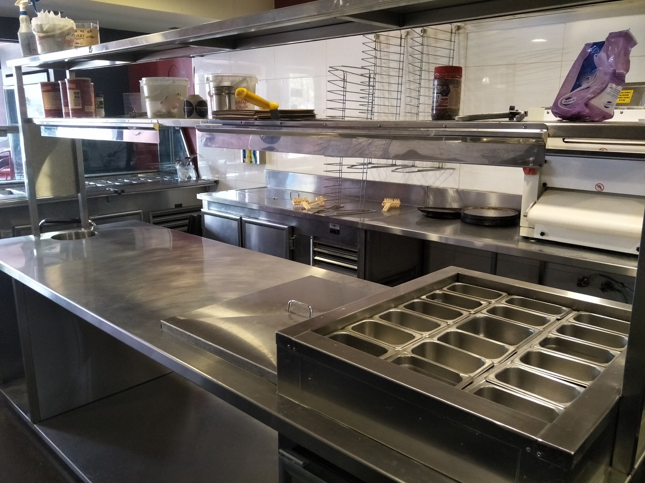 Closed down Pizza Shop for Sale exceptional equipment on main street Mornington