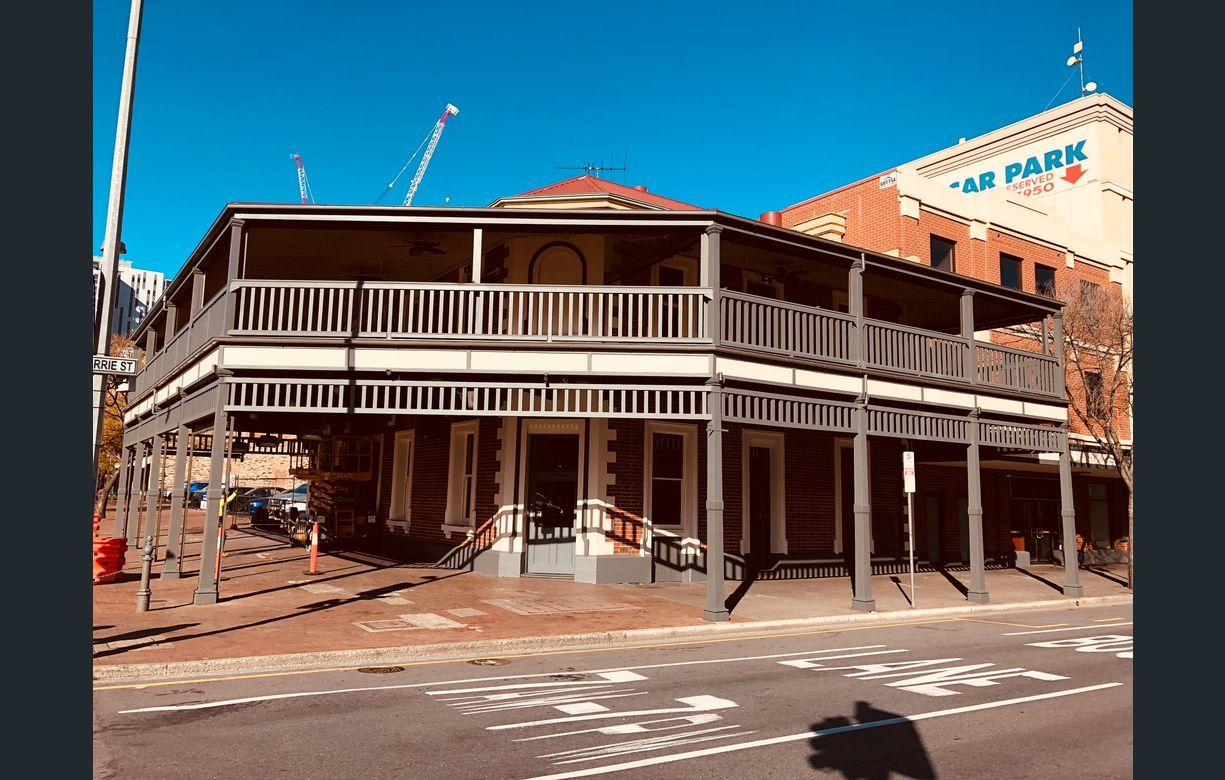 FULLY REFURBISHED CBD HOTEL FOR LEASE
