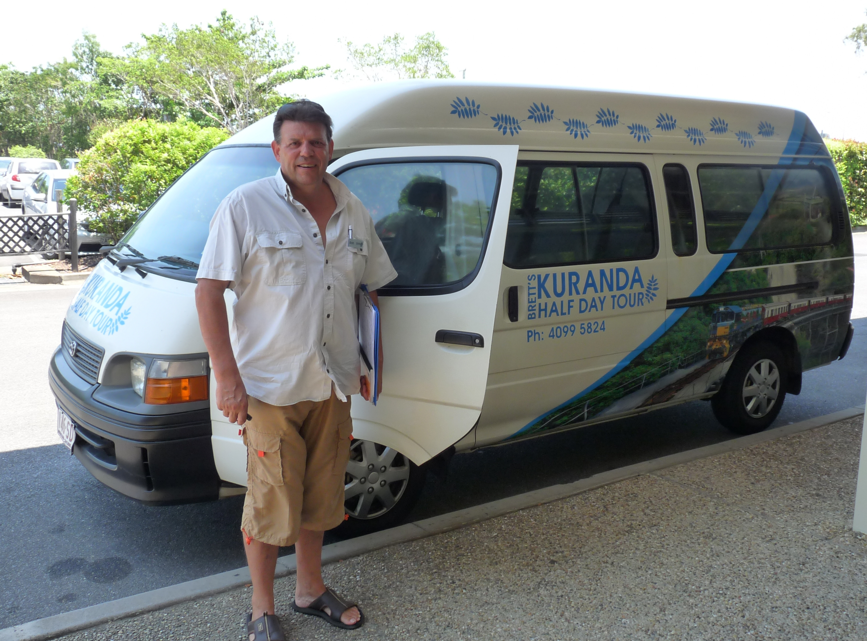 Established small Tour company in Port Douglas